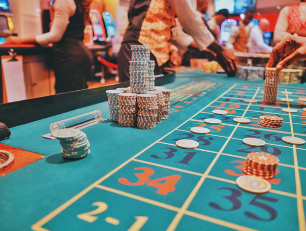 How to Become a Casino Dealer